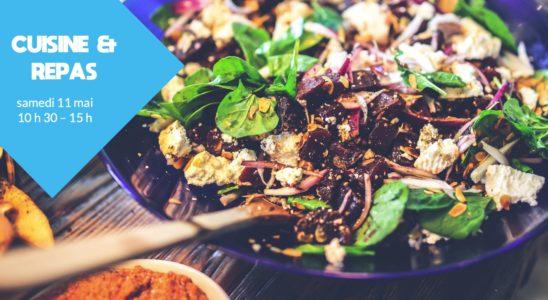 Salade composée sur une table avec des épices, cuisine & repas